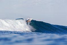World Surf League: Swatch Women's Pro Round 2 / 映画「Soul Surfer」のモデルとなったハワイのBethany Hamiltonが現在ランキング4位のBianca Buitendagと対戦した。
