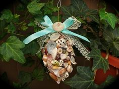 Hawaii Seashell Christmas Ornament - DIY with those shells from the beach & Bellows cones :)
