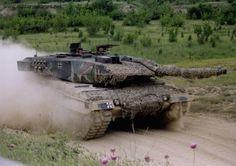 camouflaged leopard tank - Google zoeken