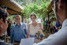 LOUISE BROOKS wedding gown from A MODISTA atelier | foto Kristoffer Rage krantz | venue Ruela Bistro