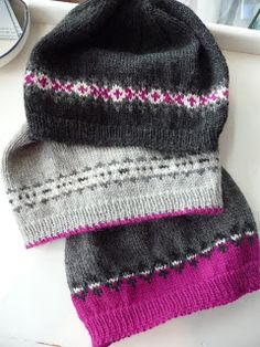 Fair Isle Fun with beanies. Now this would be an easy way to experiment with just a little bit of fair isle in a project. Fair Isle Knitting, Loom Knitting, Hand Knitting, Knitting Machine, Vintage Knitting, Knit Or Crochet, Crochet Hats, Crochet Granny, Knitting Patterns