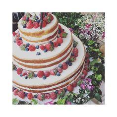 【ウェディングケーキレポ】真似したい♡卒花嫁さまたちの、素敵なウェディングケーキまとめ