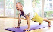Men's 30 Day Yoga Challenge 23423 hátfájás