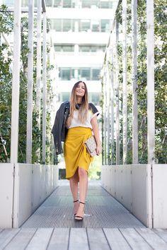 how to wear the wrap skirt waysify