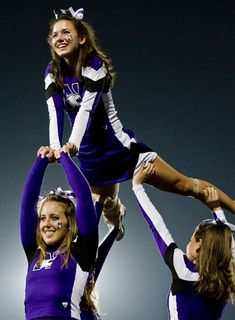 17 Northwestern Wildcats - best cheerleading uniforms