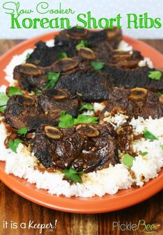 An easy and tasty Slow Cooker Korean Short Ribs recipe. It's one of the best slow cooker recipes of all times. Short Ribs Slow Cooker, Best Slow Cooker, Crock Pot Slow Cooker, Crock Pot Cooking, Slow Cooker Recipes, Beef Recipes, Cooking Recipes, Korean Recipes, Recipes