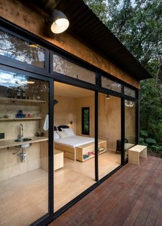 The Brazil based architecture firm, Silvia Acar Arquitetura, were responsible for the design of this small forest cabin. Dubbed Chalet M, the cabin can be One Room Cabins, Cabins In The Woods, One Room Houses, Tiny House Cabin, Tiny House Living, Tiny Houses, Tiny Cabins, Modern Houses, Container House Design