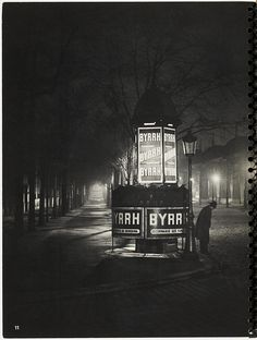 'La nuit et l'éclairage intérieur...'Brassai