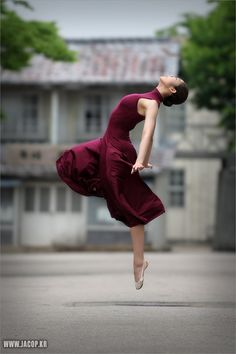 This is how I feel inside..........  wish I could still physically do it!  love ballet.