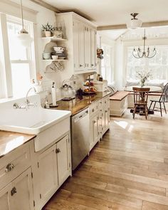 Morning light and a clean kitchen 🙌🏻 It's a nice new day and i ., Morning light and a clean kitchen 🙌🏻 It's a beautiful new day and I hope . Farmhouse Kitchen Decor, Home Decor Kitchen, New Kitchen, Home Kitchens, Kitchen Ideas, 1930s Kitchen, Country Kitchen Designs, Kitchen Decorations, Country Cottage Kitchens