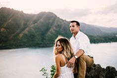 Adventure elopements are what I am all about. Love this Hawaii backdrop! Boho Wedding & Elopement Photography by Tessa Tadlock Source by tessatadlock Wedding Dj, Hawaii Wedding, Wedding Pictures, Destination Wedding, Wedding Planning, Wedding Ideas, Wedding Couple Photos, Wedding Couples, Scenery Pictures