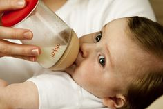 Baby Blair LOVES his #mimijumi Very Hungry Baby Bottle! #veryhungry http://mimijumi.com.au/babies-bottle-very-hungry/