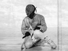 "Kayne West: ""New Slaves"" and ""Black Skinhead"" Live Performances @ Saturday Night Live"