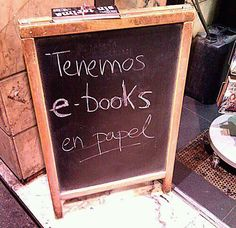"""we have e-book in paper"" ; Fun In Spanish, Spanish Humor, Librarian Humor, Books To Read, My Books, Coffee And Books, Inspirational Books, Love Book, Reading"
