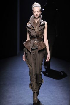 Haider Ackermann Fall 2010 Ready-to-Wear Collection Photos - Vogue