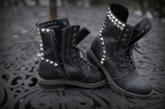 shoes boots fashion combat boots tumblr found on tumblr grunge