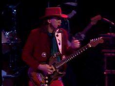 Stevie Ray Vaughan - Scuttle Buttin' - YouTube