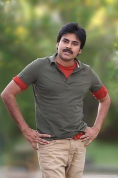 """Pawan suggested Puri to Chiru Puri Jaganath started off his carrier with Power pact movie """"Badri"""" with Power star. Pawan Kalyan was totally impressed with Puri's work. Full Hd Pictures, Galaxy Pictures, Hd Photos, Pawan Kalyan Wallpapers, Latest Hd Wallpapers, Allu Arjun Hairstyle, Telugu Hero, Surya Actor, Allu Arjun Images"""