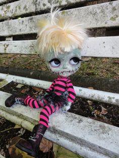 Amazing Custom Blythe Doll | Amazing Lovely FRANKIE Custom Blythe doll will go on vacation to PARIS ...