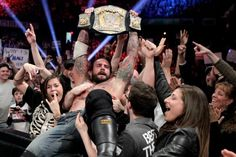 The world is full of incredible wrestling cities such as London, Philadelphia, New York, LA, Orlando, Brooklyn and more. But nothing compares to the Windy City. With Raw taking place in Chicago next week, it's only fitting to write this.