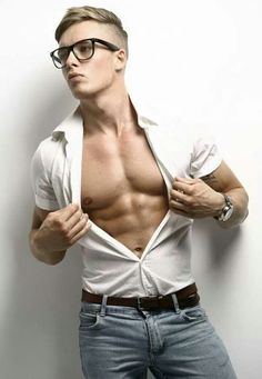 love a guy with glasses