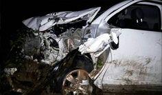 Duas mulheres morrem em acidente entre três veículos na BR-030, interior da Bahia Duas mulheres morreram e outras seis ficaram feridas após um acidente na noite deste domingo (02/04), na BR-030, em Guanambi. De acordo com informações do site Sudoeste Notícias.   #Duas mulheres morrem em acidente entre três veículos na BR-030 #interior da Bahia
