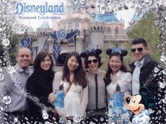 @Disneyland Makes Your Memories Dazzle on Twitter
