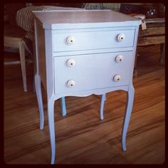 Petite end table in Chalk Paint® by Annie Sloan Paris Grey. Painted by Edwin Loy Home. Annie Sloan Paris Grey, Using Chalk Paint, Annie Sloan Chalk Paint, Hand Painted Furniture, Home Decor Items, Kitchen Accessories, End Tables, Kitchen Fixtures, Mesas