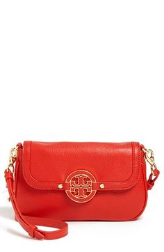 Tory Burch 'Amanda' Crossbody Bag | Nordstrom  Yummy for black and white outfits