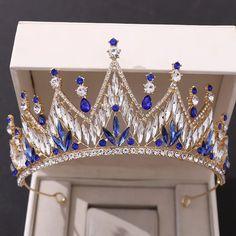 Crystal Headband, Crystal Crown, Headpiece Jewelry, Hair Jewelry, Jewellery, Glamouröse Outfits, Wedding Party Hair, Crown Aesthetic, Princess Jewelry
