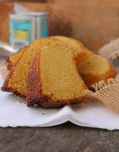 Portuguese Recipes, Portuguese Food, Food Wishes, Cafe Bar, Cornbread, Baking Recipes, Deserts, Food And Drink, Yummy Food