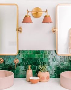 Modern bathroom design 279223245634605362 - Double Kelly Sconce – Sazerac Stitches Source by faraway_places_ Small Bathroom, Modern Bathrooms, Bathroom Ideas, Master Bathroom, Bathroom Pink, Colorful Bathroom, Bathroom Makeovers, Green Bathroom Decor, Tropical Bathroom