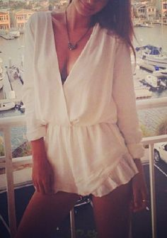 Women Plunging V Neck Cut Out Front Fitted Waist Ruffles Cuff Playsuit Rompers White Playsuit, Playsuit Romper, White Tunic, Ruffle Romper, Emrata Instagram, Summer Outfits, Cute Outfits, Boutique Fashion, Vogue