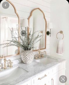 Modern Bathroom Decor, Bathroom Interior, Modern Decor, Bathroom Designs, Rustic Modern, Modern Classic, Parisian Bathroom, Scandinavian Bathroom, Elegant Home Decor