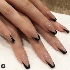 In seek out some nail designs and ideas for your nails? Here's our list of must-try coffin acrylic nails for modern women. French Tip Acrylic Nails, Simple Acrylic Nails, Best Acrylic Nails, Summer Acrylic Nails, French Manicures, Halloween Acrylic Nails, French Acrylic Nails, Square Acrylic Nails, Frensh Nails