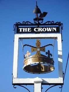 THE CROWN (English pub) London, England