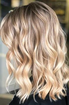 Trendy Beach Wavy Hairstyles With Blonde Highlights #beachhairstyles #wavyhair #mediumlengthhairstyles #longbob #blondehighlights ❤️Are you searching for beach wavy hairstyles for medium length hair ideas? We have a collection of chic beach wavy hairstyles and some styling tricks. ❤️ See more: http://lovehairstyles.com/beach-wavy-hairstyles-for-medium-length-hair/ #lovehairstyles #hair #hairstyles #haircuts