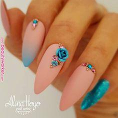NagelDesign Elegant ( Alina Hoyo Nail Artist on… ) – NagelDesign Elegant ♥ 3d Nail Designs, Elegant Nail Designs, Elegant Nails, Stylish Nails, Acrylic Nail Designs, Trendy Nails, Nails Design, Fabulous Nails, Gorgeous Nails
