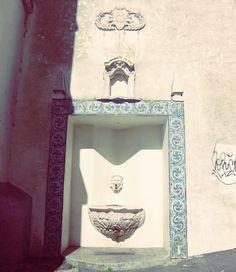 Telheiro de São Vicente #lisboa #lisbon #lisboaantiga #alfama #portugal #font #fuente #fontaine #fountain #fonte #fontana #azulejos #tiles #rajoles #azulejosportugueses #portuguesetiles #instazulejo #tileaddiction by xoares
