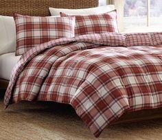 Edgewood 3 Piece Reversible Comforter Set in Red