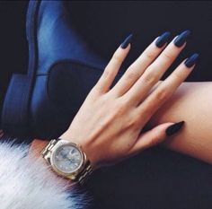 makeup beauty tips fashion style nail art braid styles autumn stiletto nails Prom Nails, Long Nails, Ongles Gel Halloween, Gorgeous Nails, Pretty Nails, Dead Gorgeous, Amazing Nails, Faux Ongles Gel, Hair And Nails