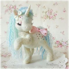 ♥ 100% Handmade ♥ Needle felted Fairy Unicorn. She stands roughly 13cm tall . Her body is made from 100% high quality Merino wool. please be advised