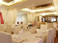 restaurant designs | Interior Design, How to Choose the Best Restaurant Design for Your ...