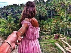 """İnSpİreD FrOm RuSsİaN PhOtOgRaPheR MuRaD OsMaNN's """"FoLLoW Me To.."""" PrOjeCt  !! Murad Osmann, All Over The World, Around The Worlds, Photo Series, Travel Couple, Couple Pictures, Follow Me, Girlfriends, Moon"""