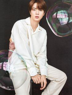 """뭐요 ᴵʳⁱᵈᵉˢᶜᵉⁿᵗ on Twitter: """"D-icon 디아이콘 vol.10 BTS goes on - 종합 SCAN 스캔 석진 #DICON #진 #석진 #JIN #BTS @BTS_twt… """" Jhope, Taehyung, Yoongi, Jungkook Meme, Seokjin, Namjoon, Foto Bts, Bts Photo, Mnet Asian Music Awards"""