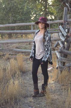 Love this hat!! oversized aztec sweater & black leggings #aztec #tribal  #fall fashion