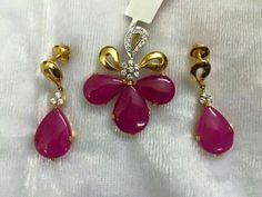 Nice Diamond Jewelry, Gold Jewelry, Beaded Jewelry, Jewelery, India Jewelry, Jewelry Sets, Simple Earrings, Schmuck Design, Pendant Set