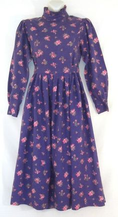 Laura Ashley Dress Laura Ashley Clothing, Laura Ashley Fashion, Love Her Style, Cool Style, 1970s Clothing, Vintage Outfits, Vintage Fashion, Victorian Dresses, 2020 Fashion Trends