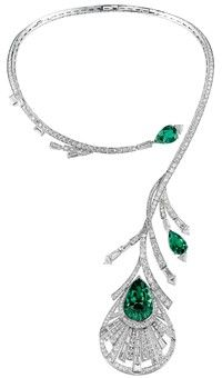 Diamond & Emerald Peacock necklace Boucheron