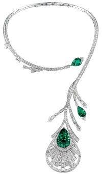 Diamond & Emerald Peacock necklace Boucheron